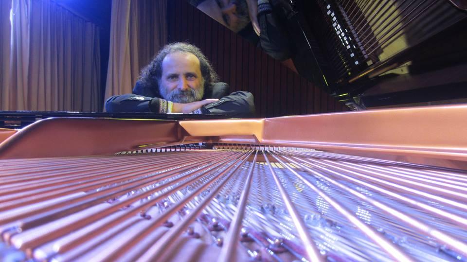 Juan María Solare a través del piano